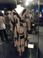 Segunda parte da exposição_vestido da coleção Ferida de Morte e Rindo