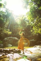 """Gaia"" // Modelo Julia Viezzer / Styling Eveline Mendes / Beleza Carol Alves / Foto Maria Toscano"